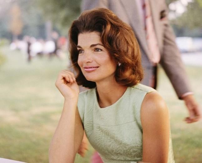 Jackie Kennedy - Biểu tượng thời trang nước Mỹ nhưng không ngại mặc hàng nhái ảnh 10