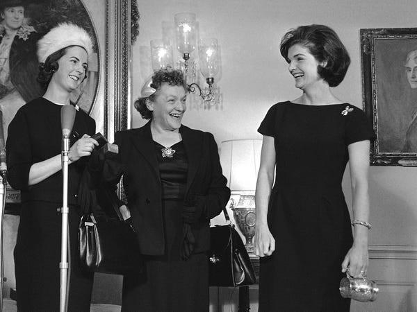 Jackie Kennedy - Biểu tượng thời trang nước Mỹ nhưng không ngại mặc hàng nhái ảnh 9