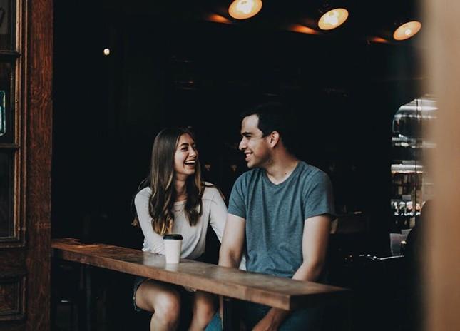 Hẹn hò lần đầu, làm những điều này là xác định luôn không có lần sau, hỏi sao ế dài dài ảnh 1