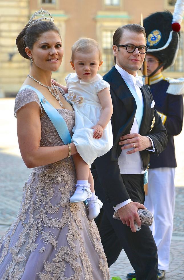 Sức hút lâu đài (Kỳ 2): Hoàng gia Thụy Điển hay cưới thường dân, Hoàng gia nào giàu nhất? ảnh 2