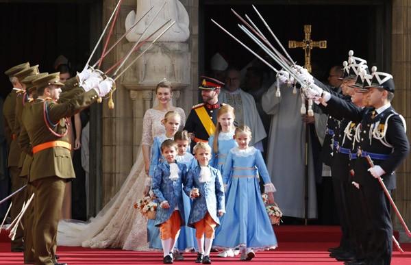 Sức hút lâu đài (Kỳ 2): Hoàng gia Thụy Điển hay cưới thường dân, Hoàng gia nào giàu nhất? ảnh 11