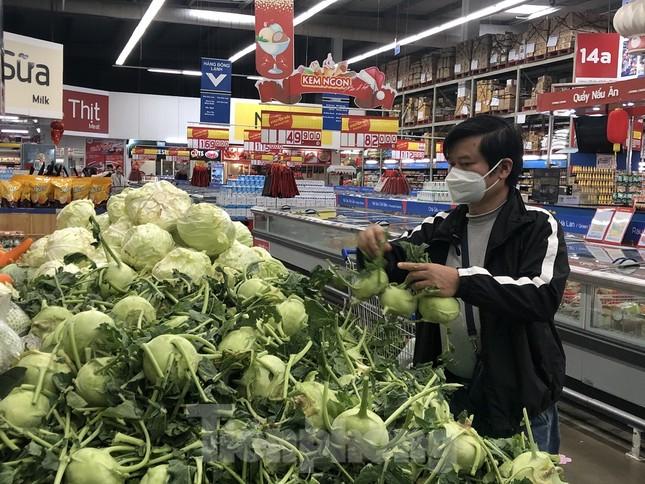 Hình ảnh các siêu thị Hà Nội 'giải cứu' nông sản Hải Dương ảnh 7