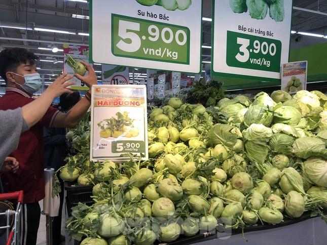 Hình ảnh các siêu thị Hà Nội 'giải cứu' nông sản Hải Dương ảnh 4