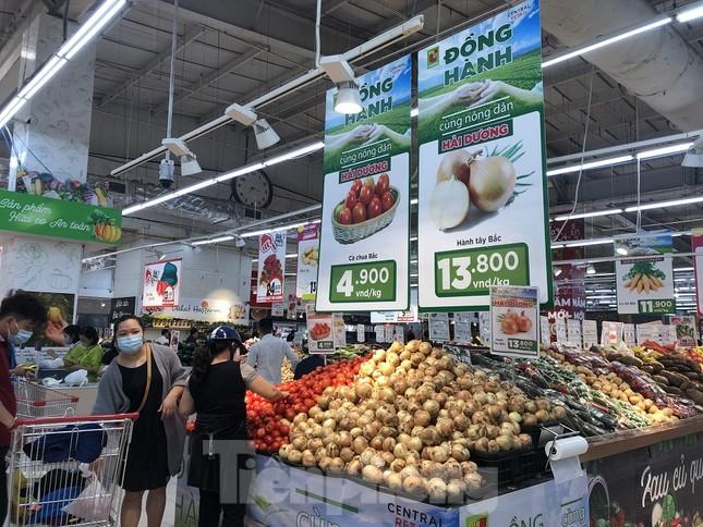 Hình ảnh các siêu thị Hà Nội 'giải cứu' nông sản Hải Dương ảnh 5