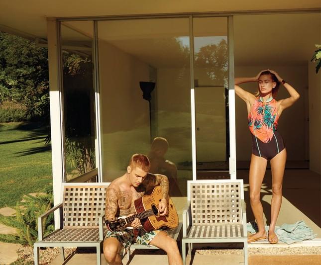 Khoảnh khắc ngọt ngào vợ chồng Bieber khi tự cách ly mùa dịch ảnh 6