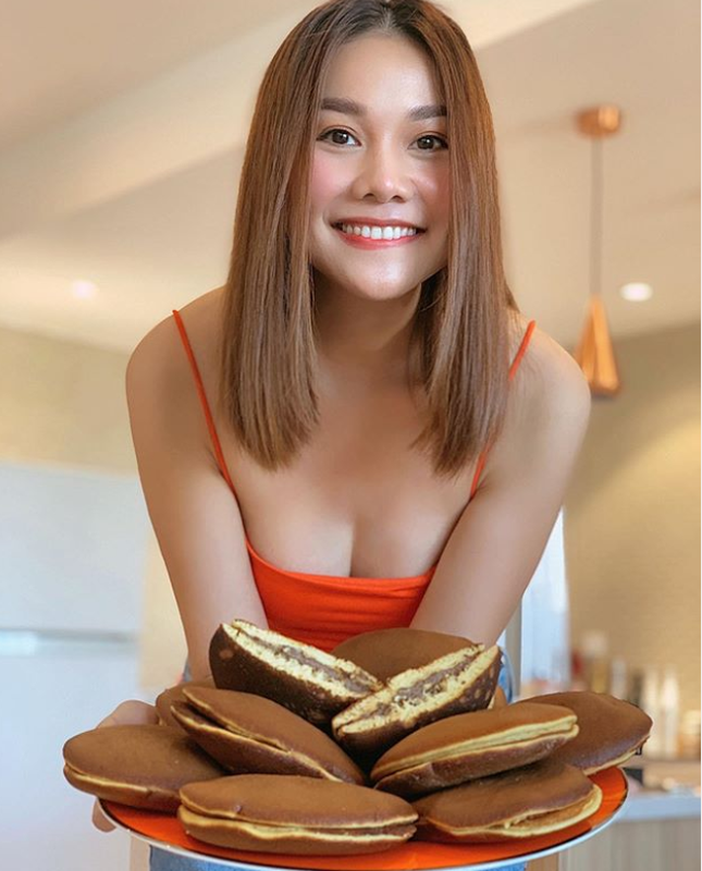 Sống tích cực mùa dịch: Sao Việt hóa 'Siêu đầu bếp' - mỗi ngày một thực đơn mới ảnh 3