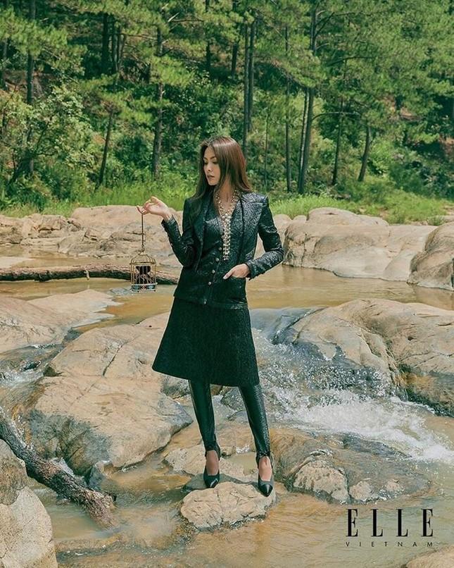 Tăng Thanh Hà khoe thần thái đỉnh cao trên tạp chí Elle ảnh 6