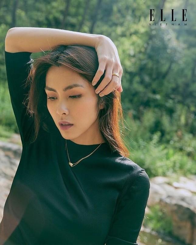 Tăng Thanh Hà khoe thần thái đỉnh cao trên tạp chí Elle ảnh 4