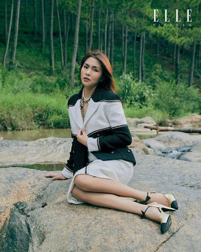 Tăng Thanh Hà khoe thần thái đỉnh cao trên tạp chí Elle ảnh 8