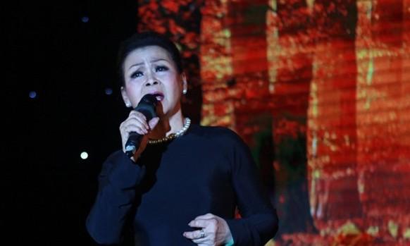 Khánh Ly lần đầu tiên hát tại TPHCM sau 41 năm ảnh 2