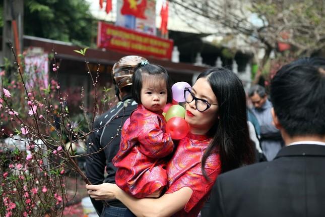 Chiều cuối năm trên chợ hoa phố cổ Hàng Lược ảnh 13
