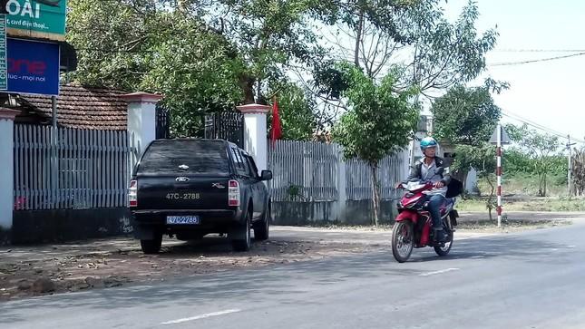 Đắk Lắk: Mùng 4, dùng xe công đi chúc Tết ảnh 1
