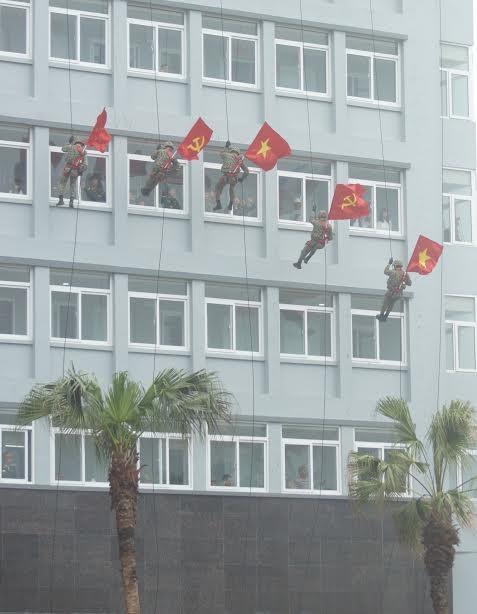 Những tuyệt kỹ võ thuật của đặc công Việt Nam ảnh 14
