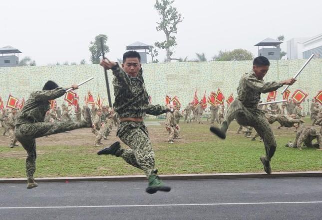 Những tuyệt kỹ võ thuật của đặc công Việt Nam ảnh 2