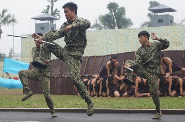 Những tuyệt kỹ võ thuật của đặc công Việt Nam ảnh 4