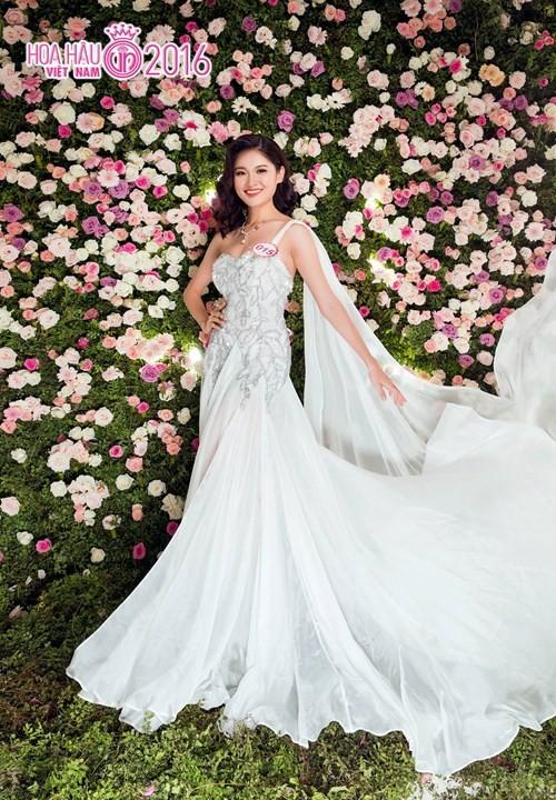 Nhan sắc Á hậu Thùy Dung trước khi dự thi Hoa hậu quốc tế 2017 ảnh 10