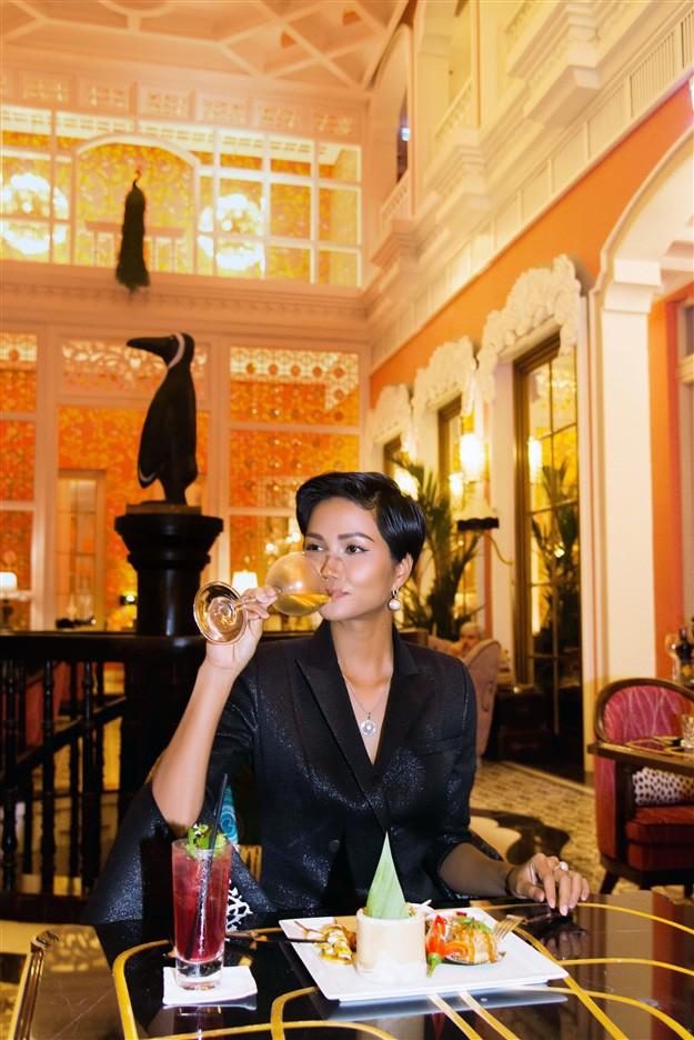 Bữa tối lãng mạn của Tân hoa hậu H'Hen Niê tại JW Marriott Phu Quoc ảnh 4