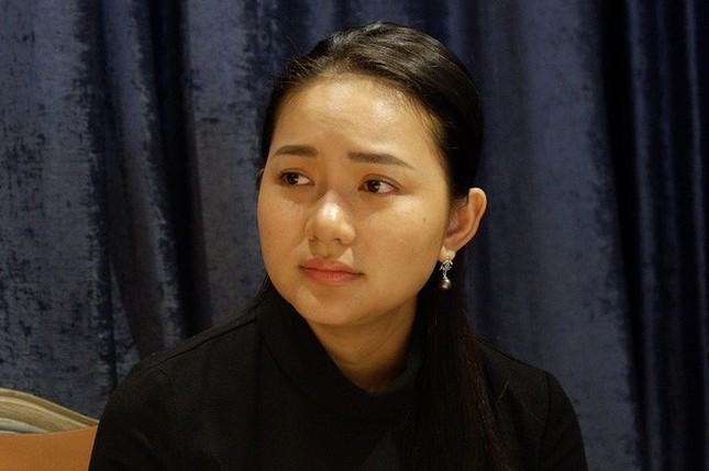 Showbiz 19/3: Hồng Quế nhận tiền đại gia năm 17 tuổi và... hối hận ảnh 2