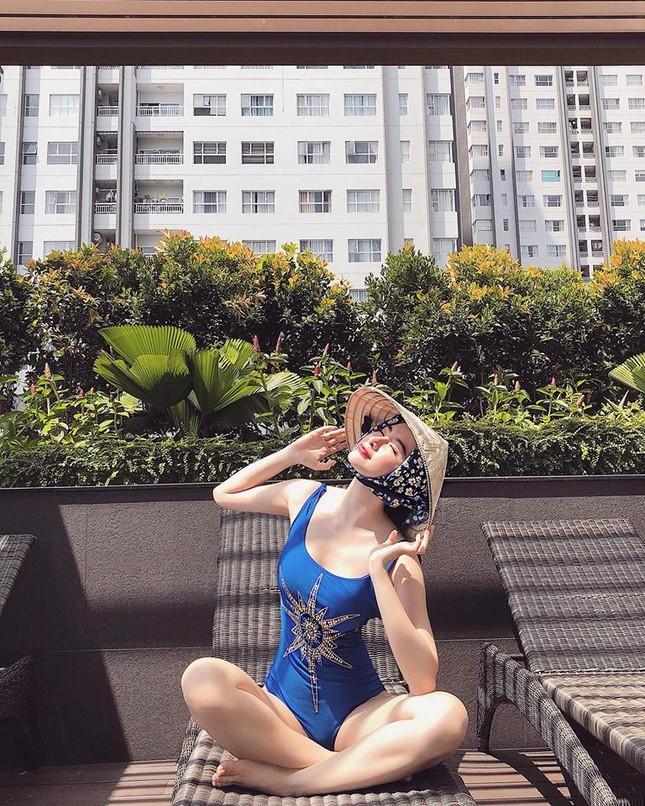 Angela Phương Trinh lại khoe ảnh bikini khiến cư dân mạng 'náo loạn' ảnh 2