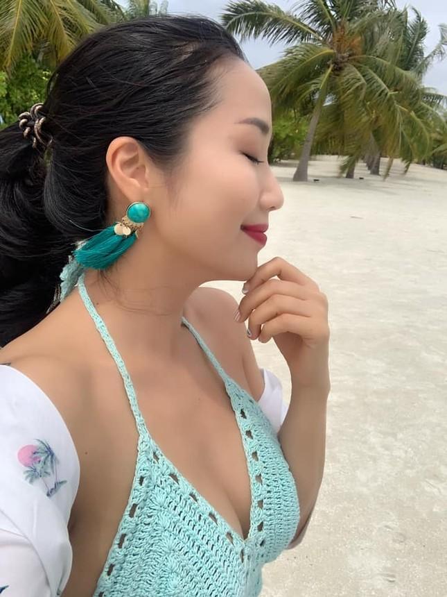Lần hiếm hoi mẹ 3 con Ốc Thanh Vân khoe ảnh bikini đốt mắt, lộ hình xăm khủng ảnh 7