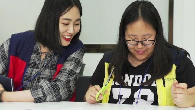 Người trẻ Hàn đau đầu 'vật lộn' với chứng nghiện game, smartphone ảnh 3