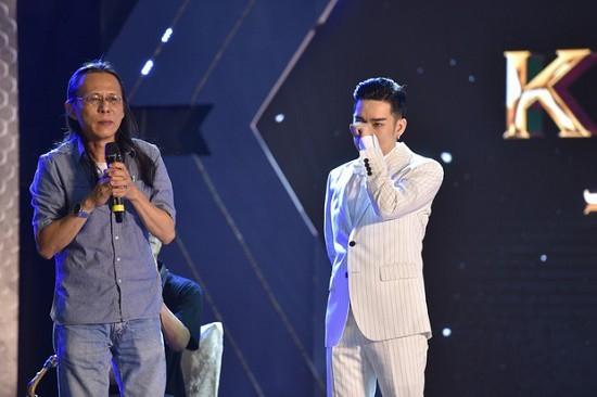 Showbiz 29/9: NSND Hồng Vân đau thắt tim nói vĩnh biệt sân khấu SuperBowl ảnh 4