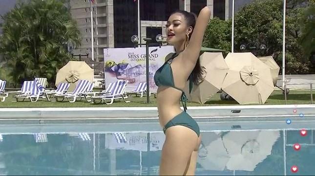 Kiều Loan uyển chuyển, phô đường cong thể hình với bikini tại Miss Grand ảnh 3