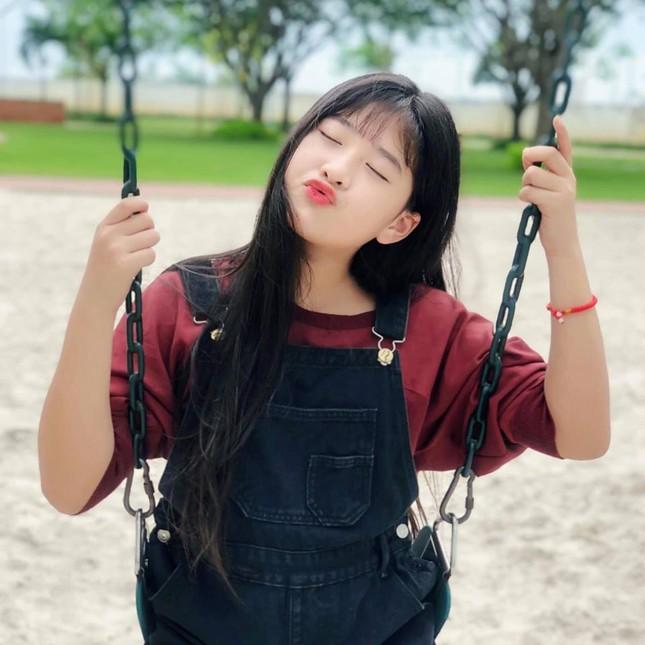 Con gái của NSND Hồng Vân và Lê Tuấn Anh xinh đẹp, có năng khiếu diễn xuất ảnh 6