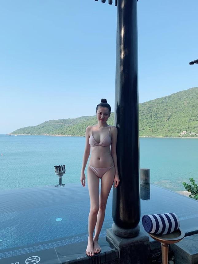 Mỹ nữ Vũng Tàu đi xe 70 tỷ diện bikini khoe dáng nuột nà quyến rũ ảnh 7