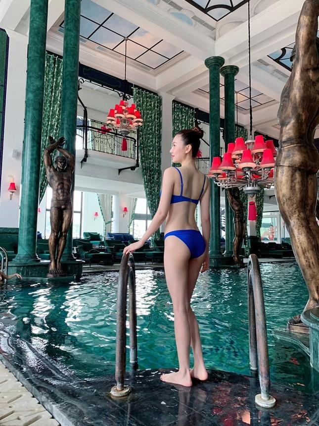 Mỹ nữ Vũng Tàu đi xe 70 tỷ diện bikini khoe dáng nuột nà quyến rũ ảnh 3