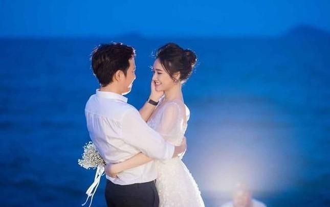 Hé lộ trọn bộ ảnh lễ đính hôn bí mật của Trường Giang- Nhã Phương ảnh 1