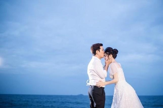 Hé lộ trọn bộ ảnh lễ đính hôn bí mật của Trường Giang- Nhã Phương ảnh 5