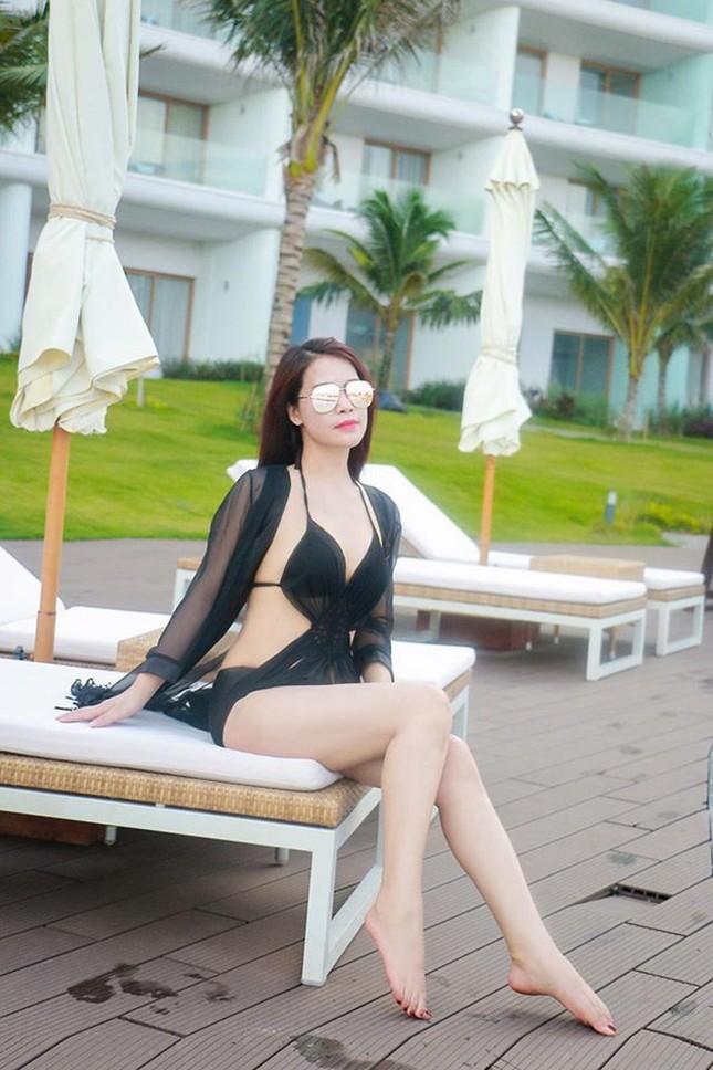 Loạt ảnh bikini của bạn gái kém 18 tuổi của nghệ sĩ Chí Trung ảnh 5