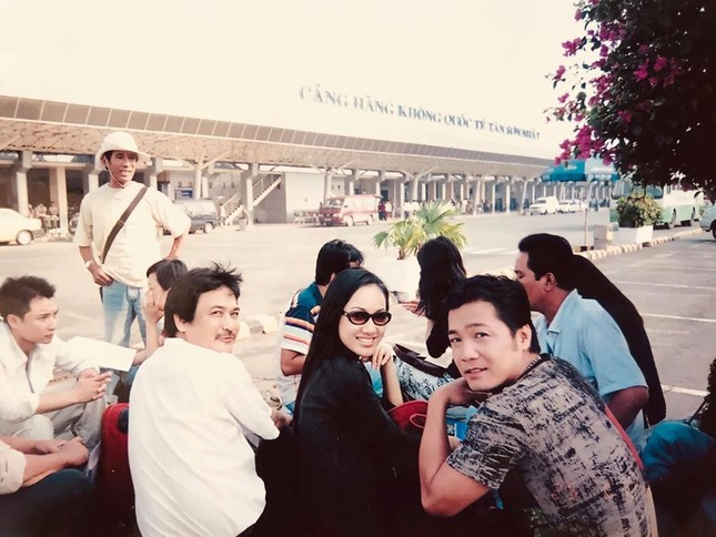 BTV Hoài Anh tung ảnh cách đây 20 năm cùng Lý Hùng, Thương Tín ảnh 2
