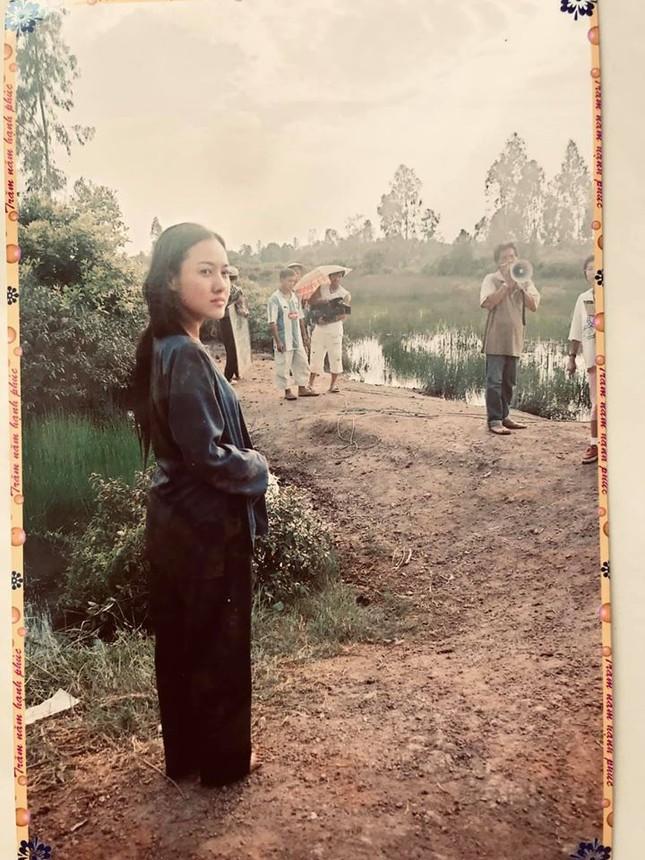 BTV Hoài Anh tung ảnh cách đây 20 năm cùng Lý Hùng, Thương Tín ảnh 5