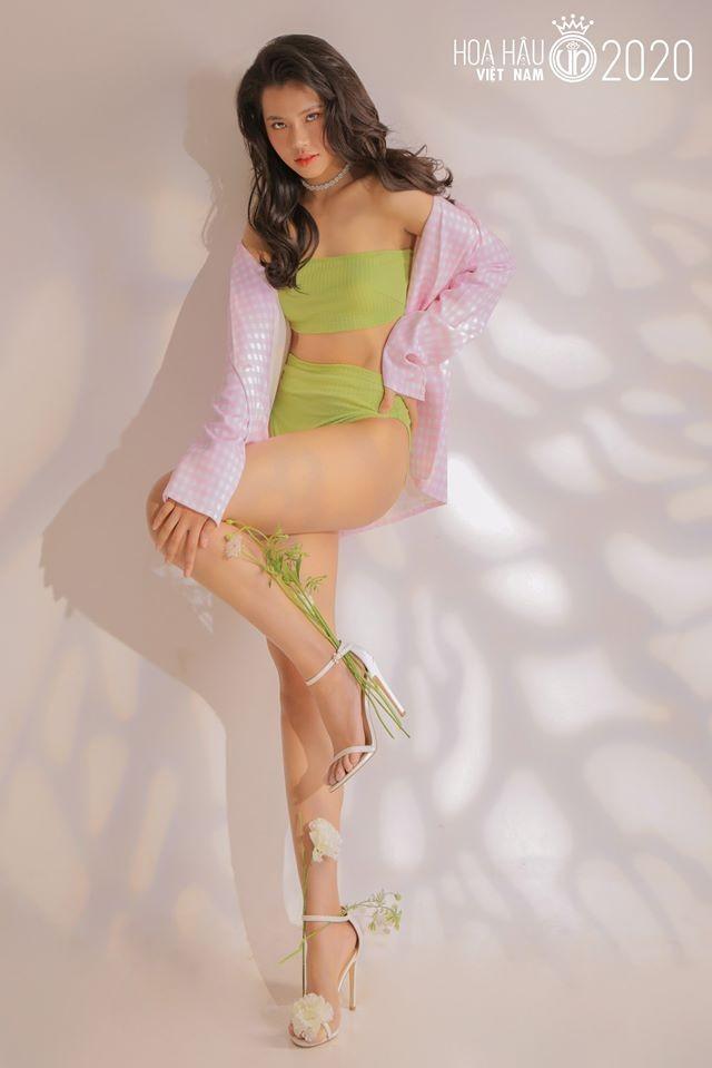 Ngắm thí sinh dự thi Hoa hậu Việt Nam 2020 khoe dáng với bikini ảnh 1