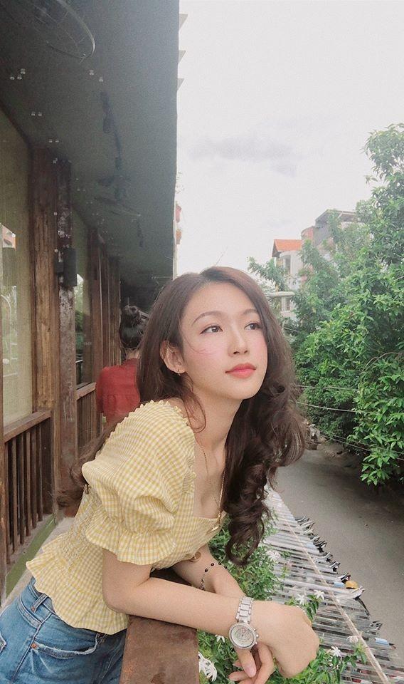 Cô gái đẹp 'sương sương' như Hoa hậu Thu Thảo tại Hoa hậu Việt Nam 2020 ảnh 7