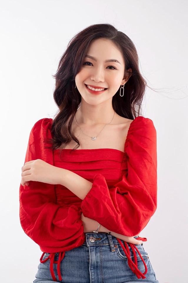 Cô gái đẹp 'sương sương' như Hoa hậu Thu Thảo tại Hoa hậu Việt Nam 2020 ảnh 2