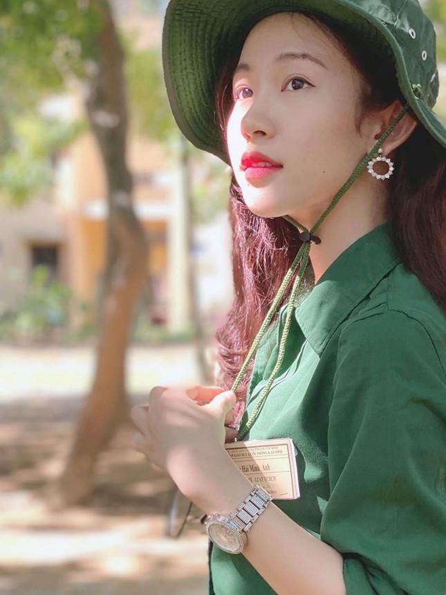 Cô gái đẹp 'sương sương' như Hoa hậu Thu Thảo tại Hoa hậu Việt Nam 2020 ảnh 4