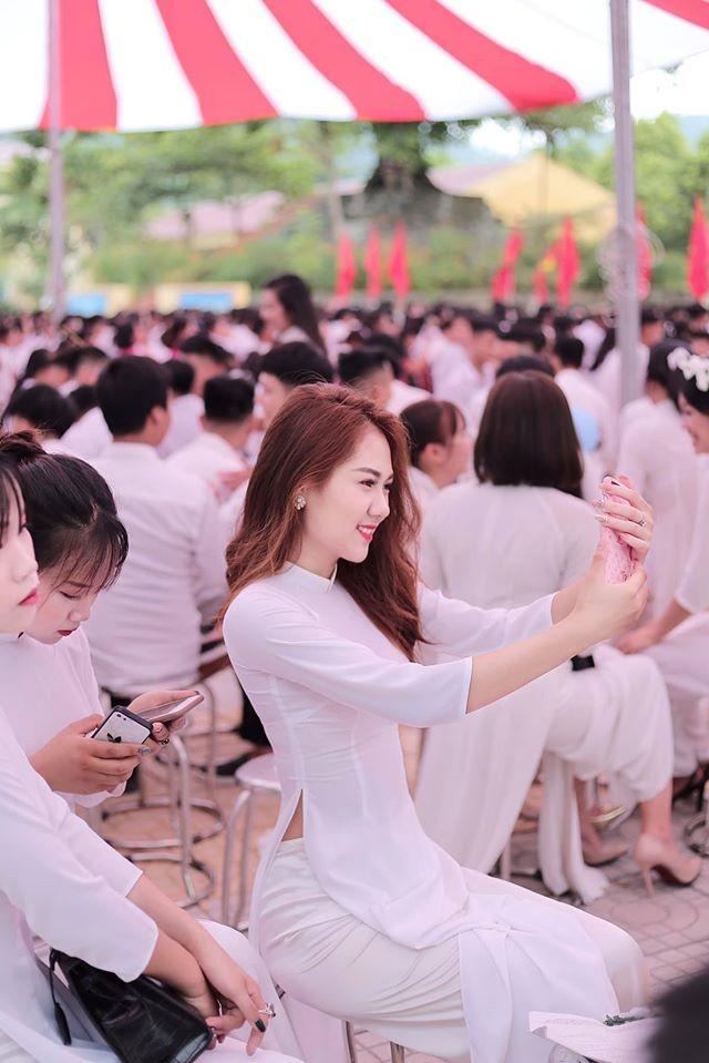 Thí sinh nhỏ tuổi nhất Hoa hậu Việt Nam 2020 nhưng nhan sắc 'không phải dạng vừa' ảnh 1