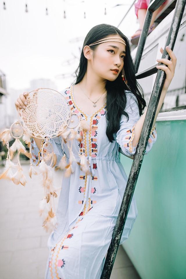 Nữ sinh Báo chí thần tượng Hoa hậu Nguyễn Thị Huyền, quyết tâm ghi danh tại HHVN 2020 ảnh 7