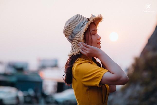Nữ sinh Báo chí thần tượng Hoa hậu Nguyễn Thị Huyền, quyết tâm ghi danh tại HHVN 2020 ảnh 9