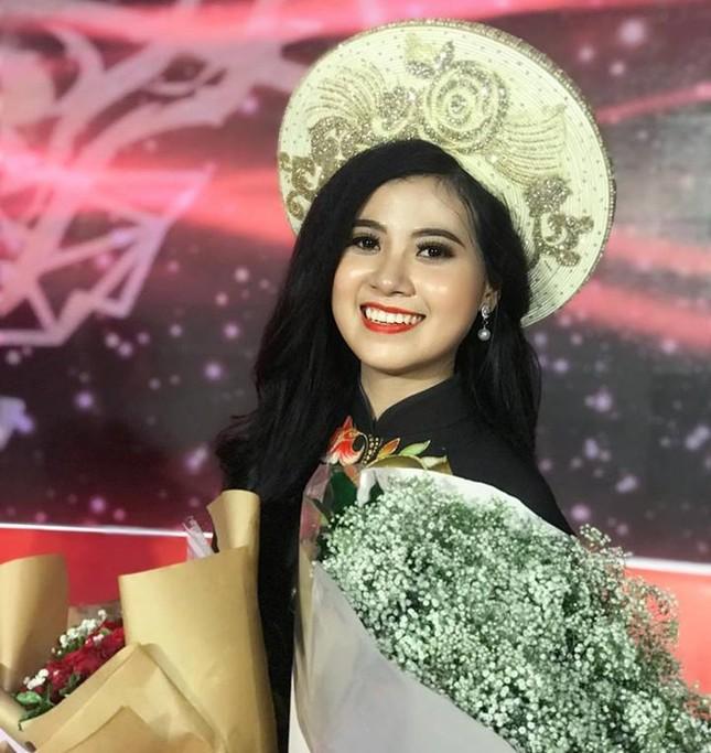 Nữ sinh Học viện Hàng không có thành tích siêu 'khủng' dự thi Hoa hậu Việt Nam 2020 ảnh 4