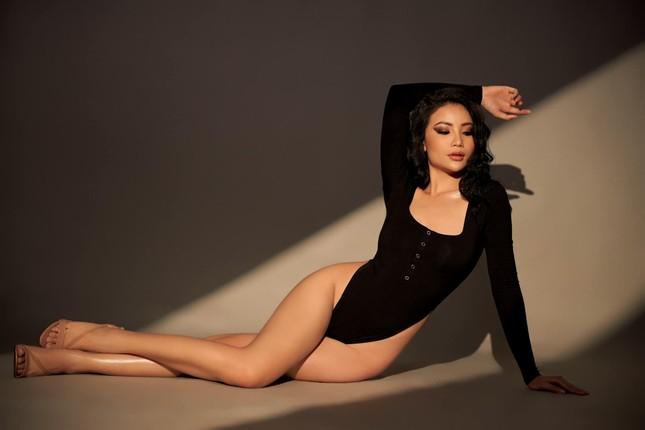Mẫu nữ sở hữu đường cong siêu nóng bỏng dự thi Hoa hậu Việt Nam 2020 ảnh 5