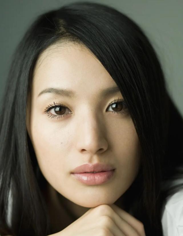 Showbiz 15/9: Ngọc Lan thừa nhận từng níu kéo trước khi ly hôn với Thanh Bình ảnh 5