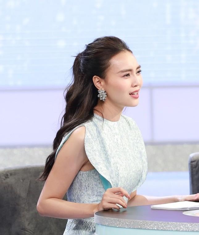 Showbiz 15/9: Ngọc Lan thừa nhận từng níu kéo trước khi ly hôn với Thanh Bình ảnh 1