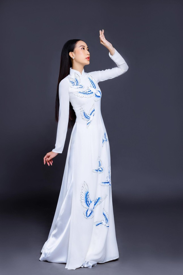 Mẫu nữ từng tham gia chương trình 'Đối mặt cảm xúc' ghi danh tại Hoa hậu Việt Nam 2020 ảnh 1