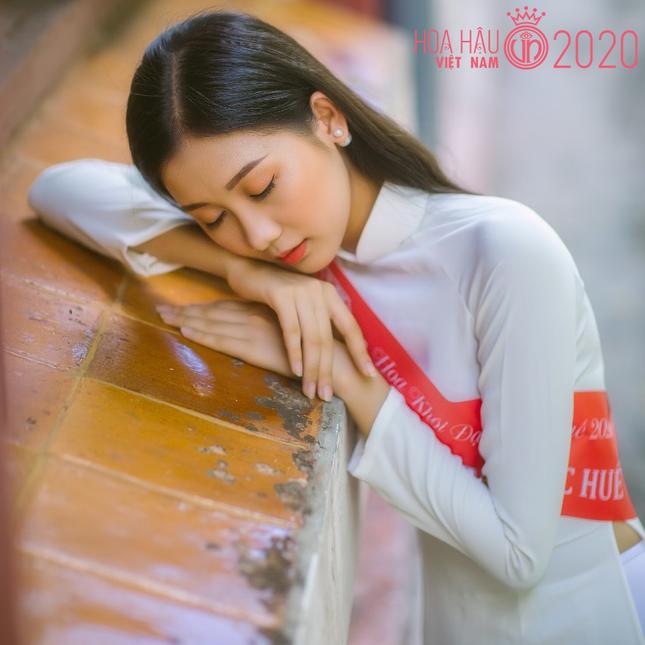 Nhan sắc gây mê của Á khôi Đại học Huế dự thi Hoa hậu Việt Nam 2020 ảnh 10