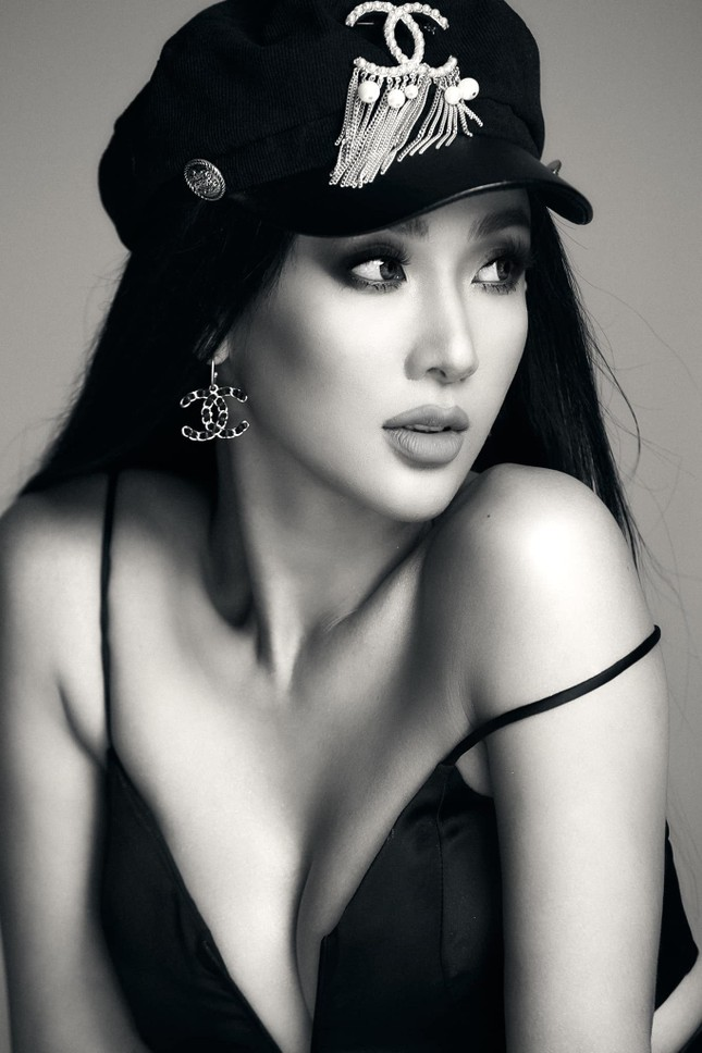 Đồng hương Hoa hậu H'Hen Niê, sở hữu body cực phẩm thi Hoa hậu Việt Nam 2020 ảnh 4