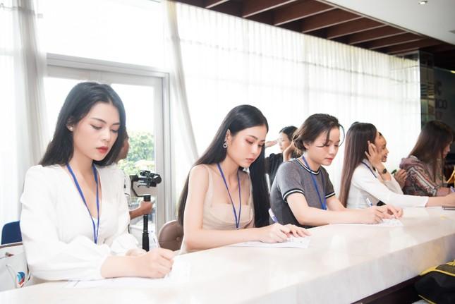 Toàn cảnh Sơ khảo phía Nam cuộc thi Hoa hậu Việt Nam 2020 ảnh 3